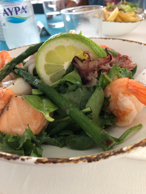 Seafood salad på Happy Days i Protaras. Betyg: 5 hantlar!